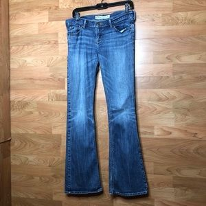 Hollister Size 7 Regular 5 Pocket Jeans well worn